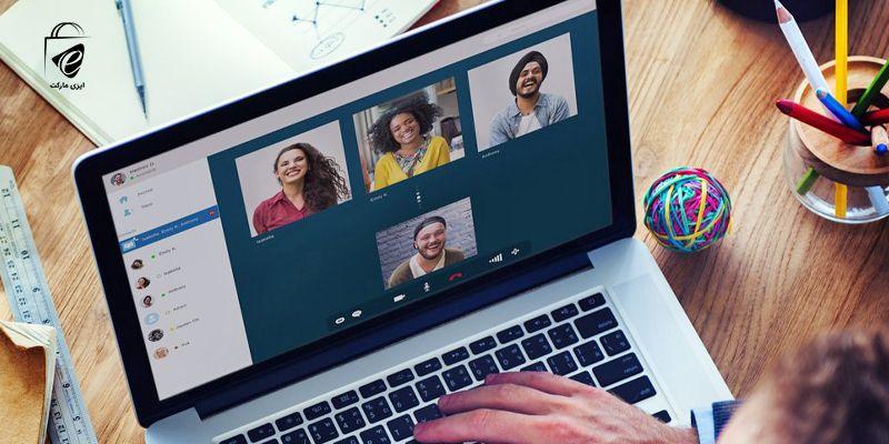 صحبت با دوستان از طریق کامپیوتر